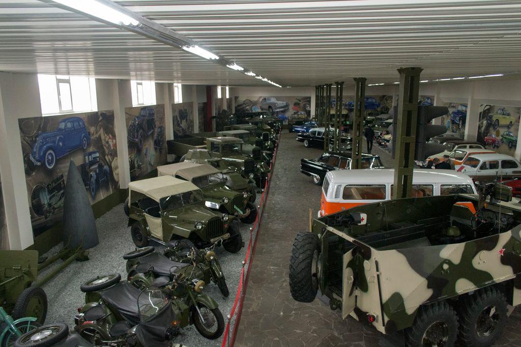 Запорожье музей ретро автомобилей 5
